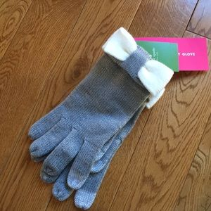 Kate Spade gloves with bow accent